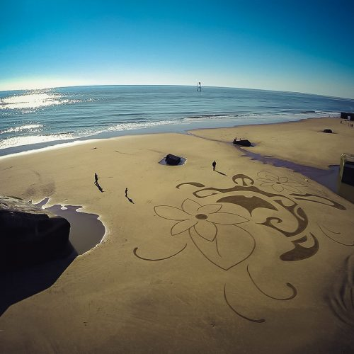 Beach art Polynesian turtle