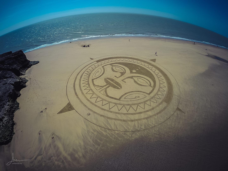 Beach art Polynesian sun