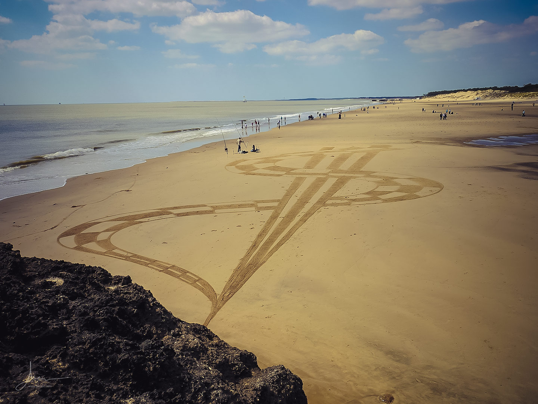 Beach art damiers croisés