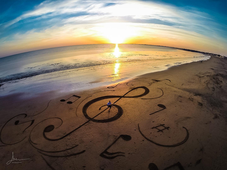Beach art Clé de sol