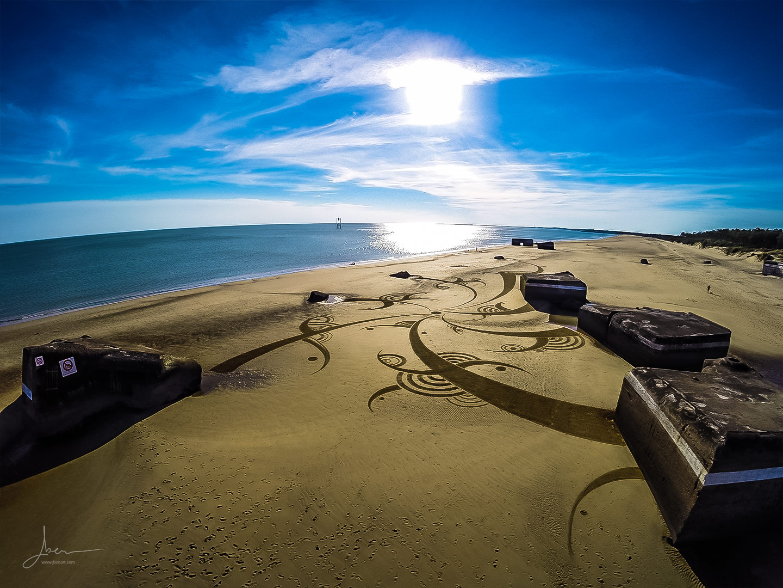 Beach art virgules jointes