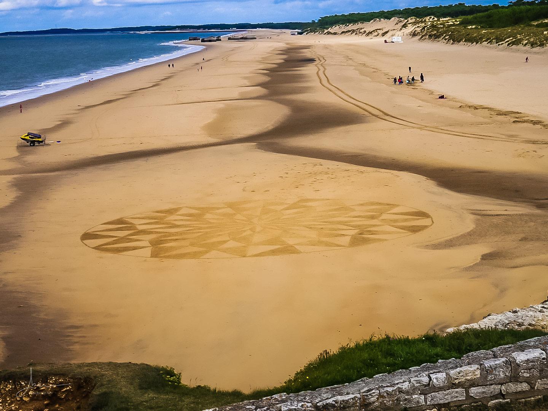 Beach art mandala damier