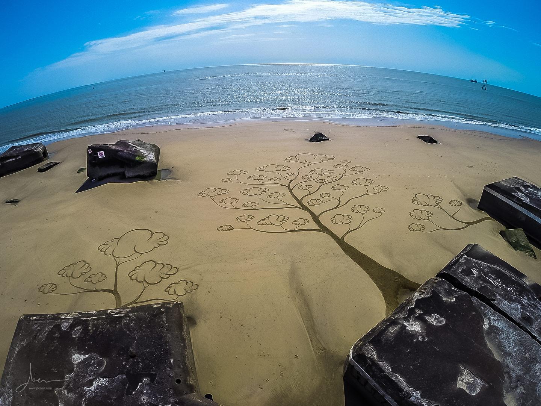 Beach art arbres nuages