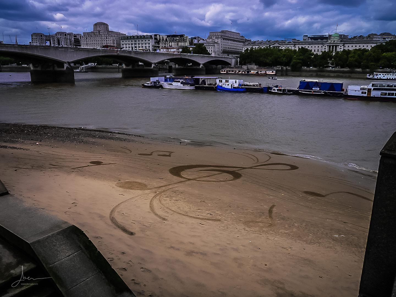 Beach art music in London