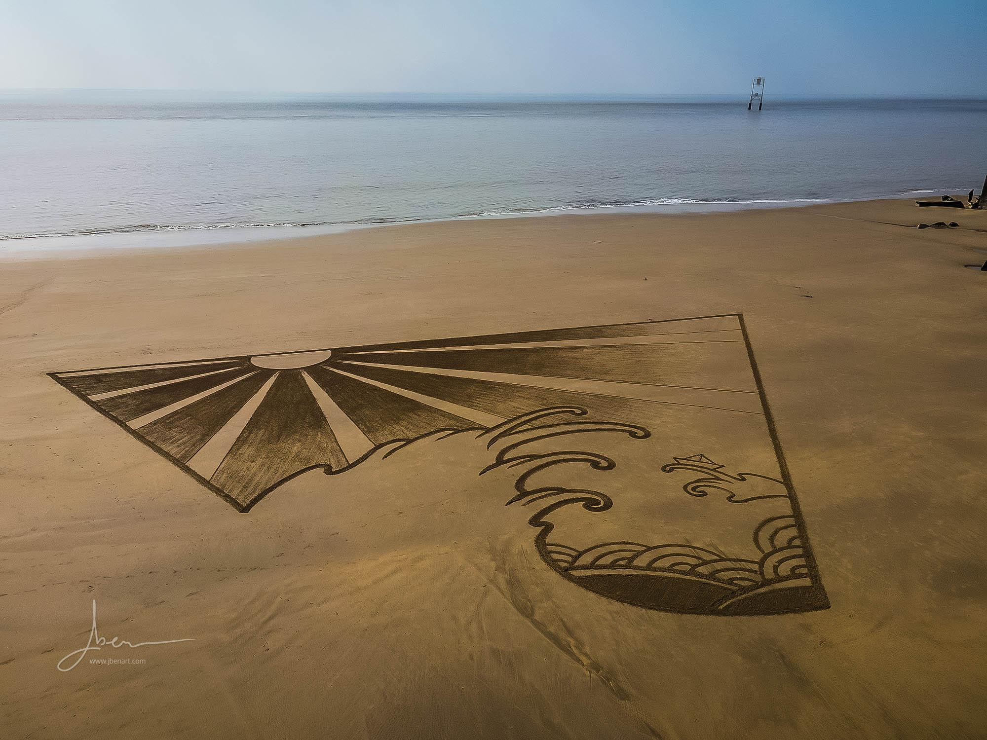 Beach art triangle wave